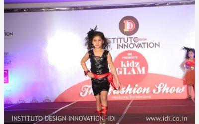 Kids – Fashion Show(KidsGlam)